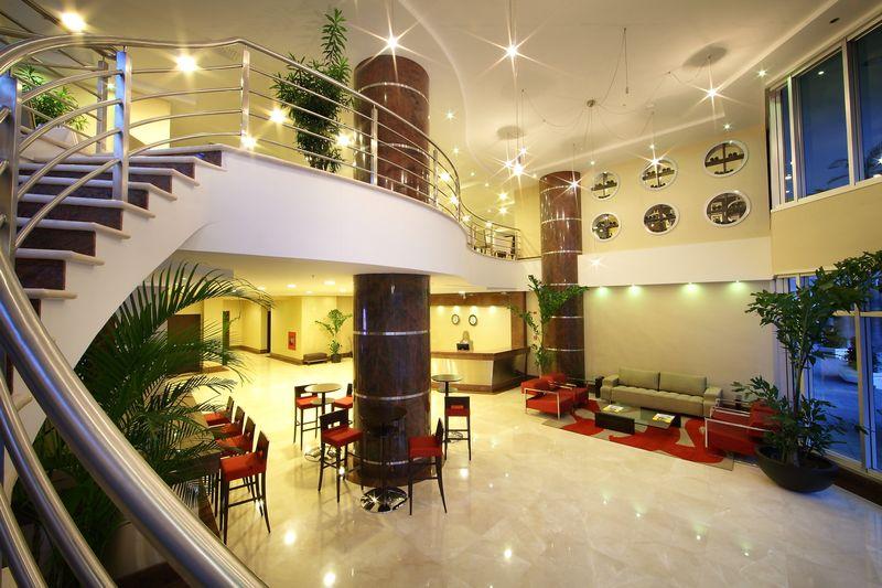 MEA Panama City lobby